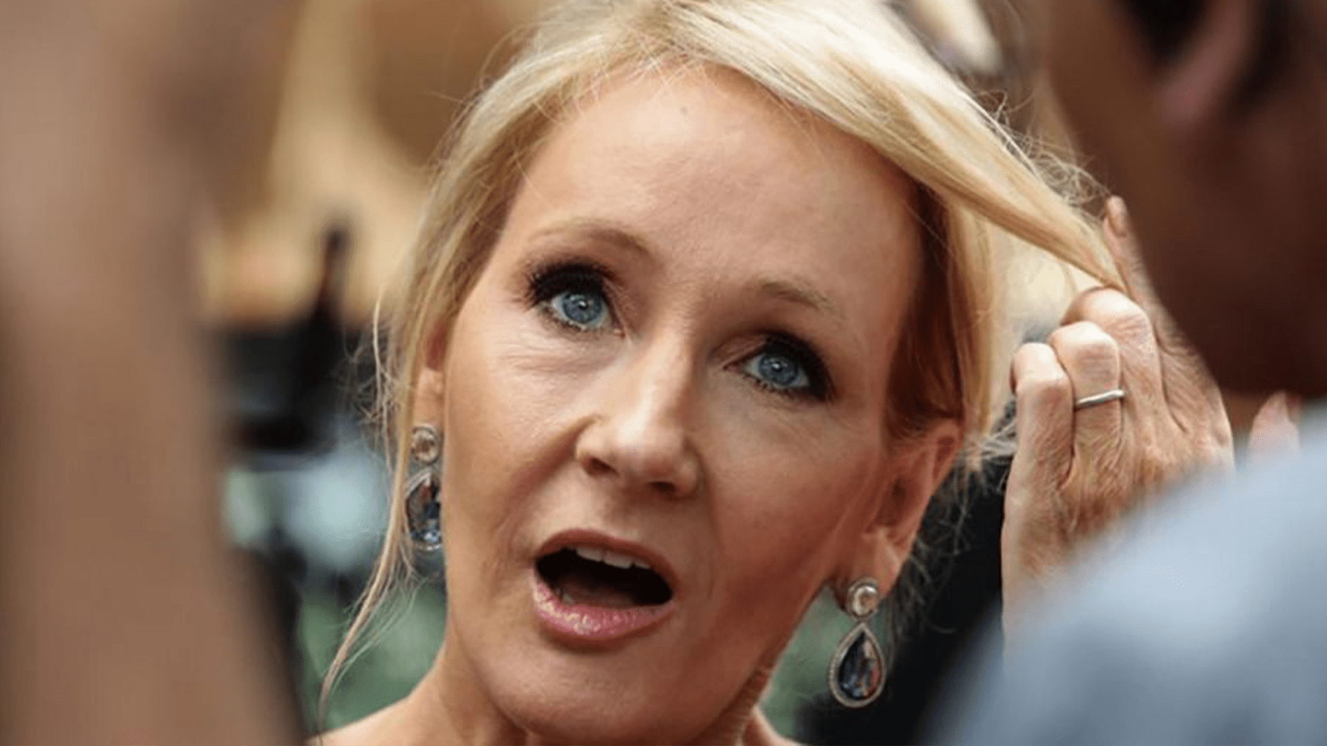 J.K. Rowling slammed for defending concept of biological sex: 'It isn't hate to speak the truth'